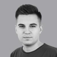 Prowadzący: Maciej Olaczek - CEO Kodilli, gość Piotr Nowosielski - CEO Just Join IT